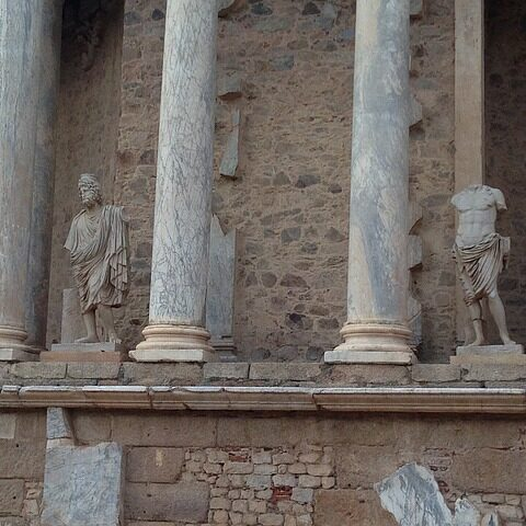 activa-viajes_pdios-pluton-teatro-romano